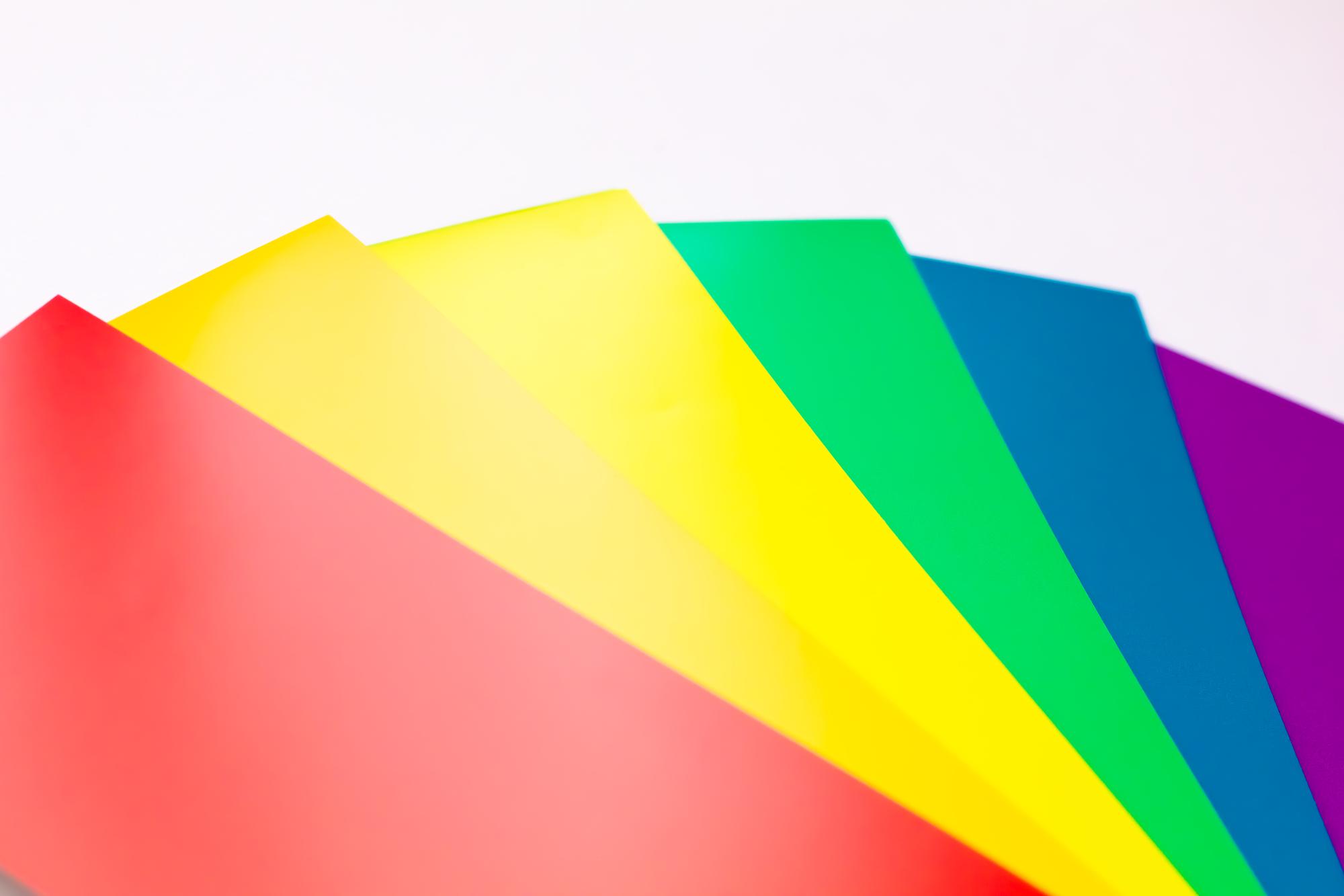 赤、黃、緑、青、紫のベースカラー